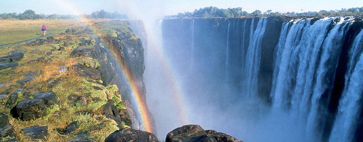 Infos sur photo chute victoria afrique arts et voyages for Chutes victoria piscine du diable