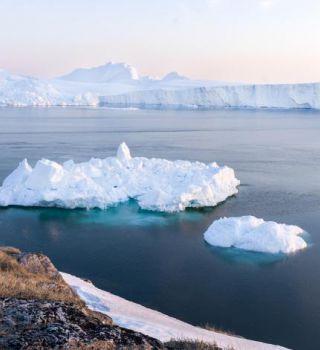 Randonnee Et Croisiere Au Milieu Des Icebergs Groenland 8 Jours Voyage Sur Mesure Avec Cercle Des Vacances